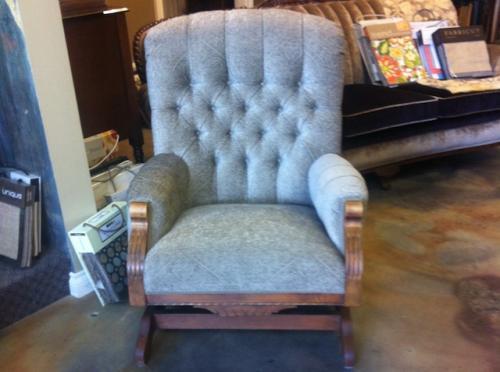 gray-antique-rocking-chair (1)